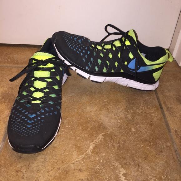 le scarpe nike libera allenatore black neon gli uomini dimensioni 11 poshmark